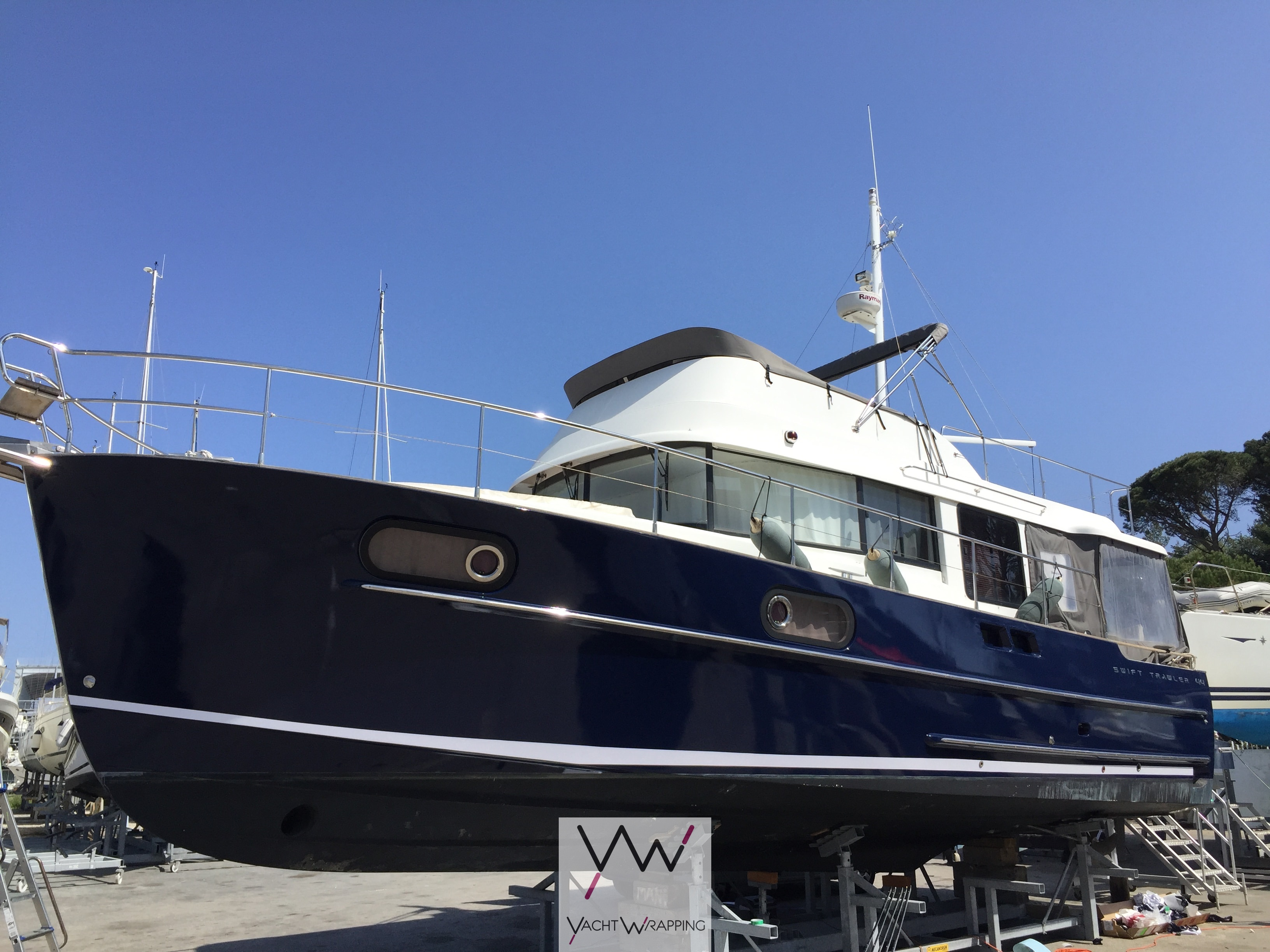 Swift Trawler 44 - Total covering