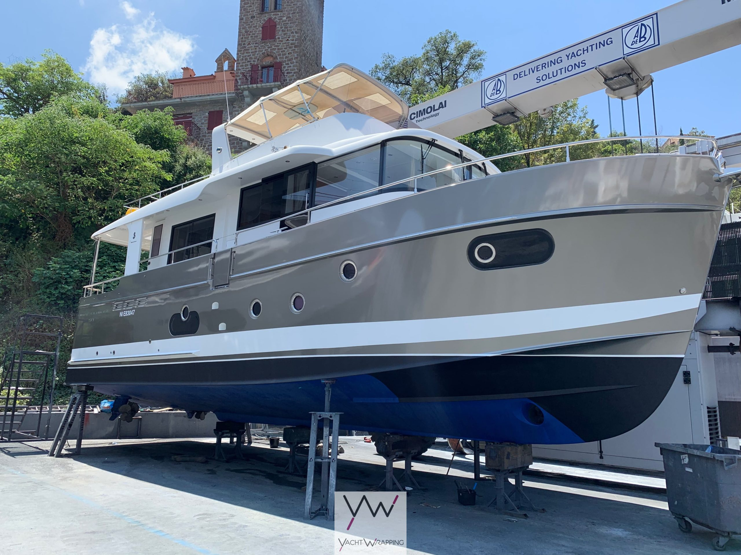 Swift Trawler 50 - Total covering